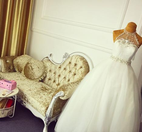 艾蜜时尚新娘婚纱造型