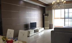 保丽广场3室2厅1卫,130平方3500 元/月