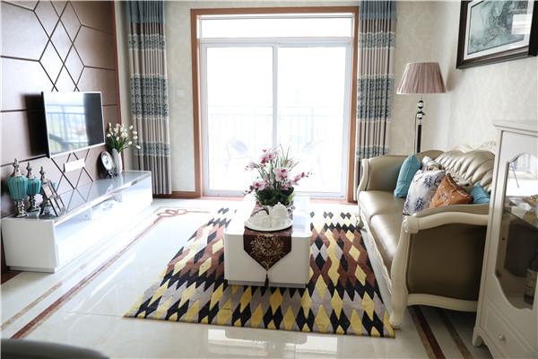 西湖小区2室2厅1卫,85平方800 元/月