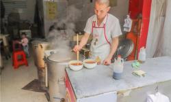 孝感这家牛肉面馆,开了10年,很多人寻着味道来吃!