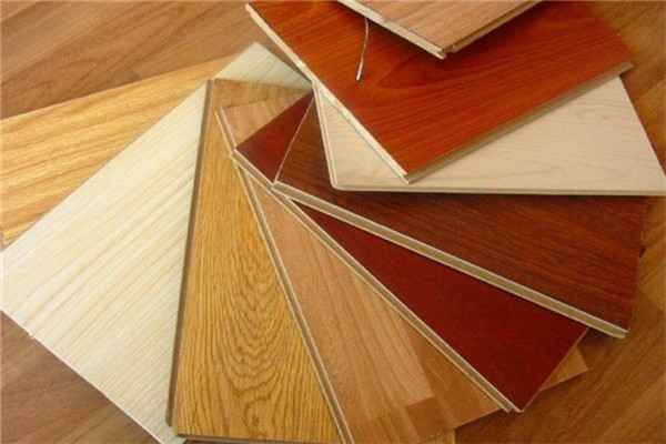 孝感人装修该选强化地板还是复合地板?强化地板和复合地板哪个好?