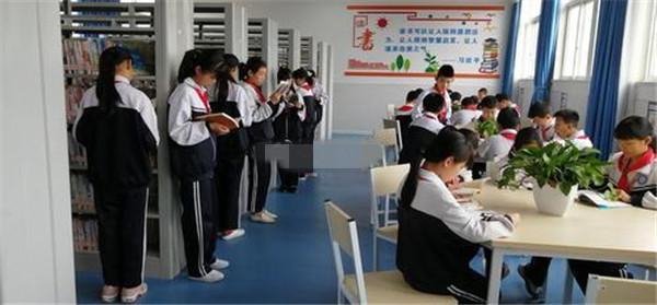 孝南区图书馆书院学校分馆今日揭牌