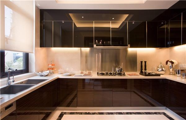 孝感厨房装修有必要装集成灶吗?装修厨房选择集成灶好吗?