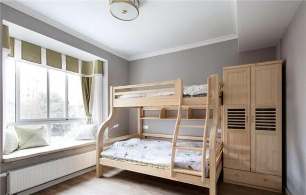 文化路 航天新村旁 低楼层 三室110平 拎包入住 家具家电齐全 1400元/月