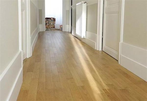 孝感到底是选择实木地板还是复合地板?实木地板和复合地板对比!