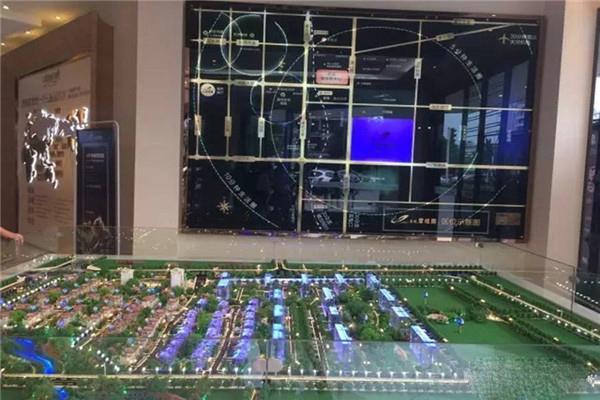 金北华城 3室2厅2卫 123平米 精装修 南北通透 带一楼车库 59万