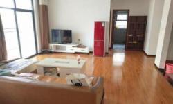 云湖尚景134.75平精装房 三室两厅两卫 2000元/月