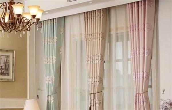 孝感卧室安装双层窗帘要注意哪些问题?安装双层窗帘的注意事项