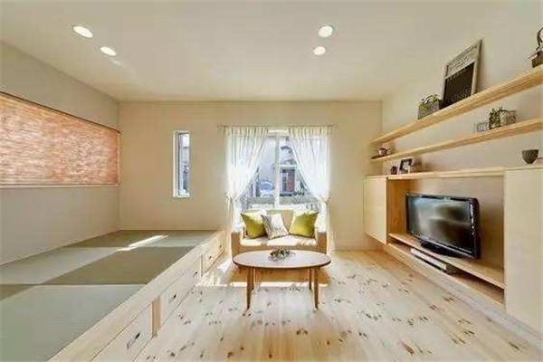 市委大院120平简装房 三室两厅两卫 1600元/月