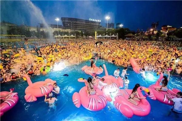"""孝感保利香颂""""梵高""""星光泳池将于8月24日来袭!全球艺术泳池将在这里绽放!"""