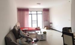 孝汉大道迎宾花城,精装修三居室123.5平,家电全齐,拎包入住,随时看。2100元/月