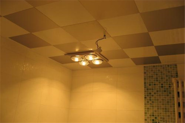 孝感卫生间应该选择什么类型的浴霸?什么样的浴霸比较好?
