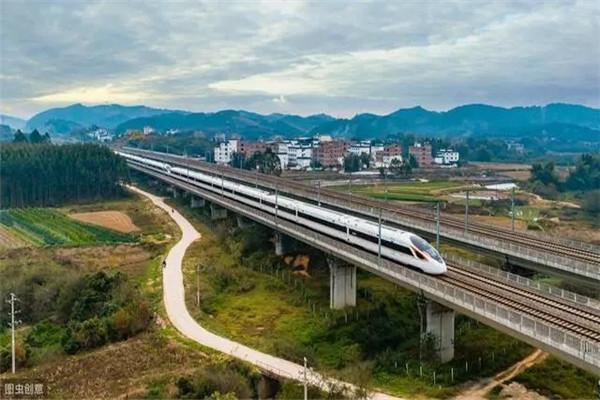 沿江高铁(武汉至荆门至宜昌高铁)将于2020年底全线开工!汉川东站开工的时间和地点确定!
