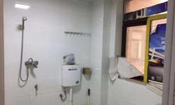 宇辉星城150平精装房 三室两厅两卫 2500元/月