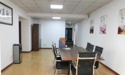乾坤购物写字楼 办公房 1室1厅2卫 134平 城区中心地段 乾坤商圈电梯房 4300元/月