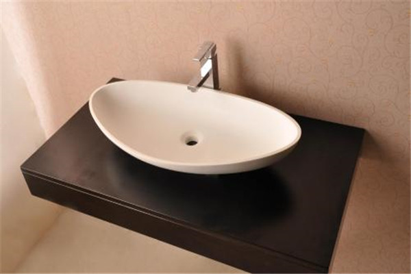 孝感卫生间装修应该选择什么材质的台盆?什么样的台盆比较好?