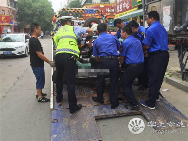 孝感交警联合城管在北京二路开展整治活动[图2]