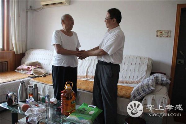 安陆市委副书记到南城慰问退伍军人 [图1]