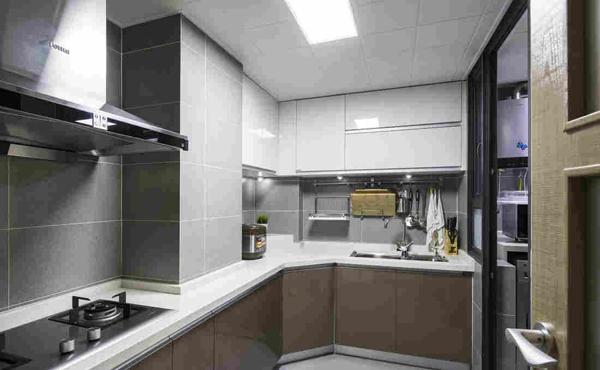抄底价 大禹传奇 电梯高层 景观房 毛坯 3室2厅2 137平米 75万