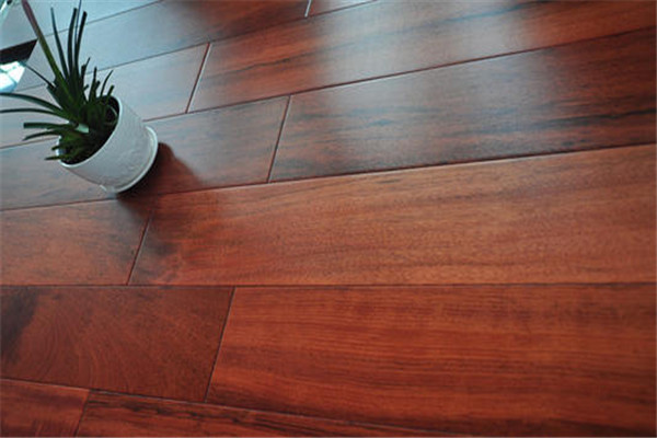 孝感新房装修柚木地板怎么打蜡吗?柚木地板打蜡好处有哪些?