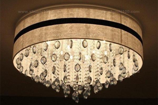 孝感新房装修客厅使用水晶吊灯好吗?客厅安装水晶吊灯优点介绍