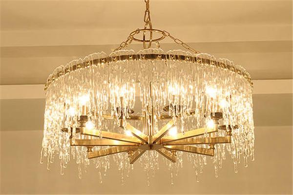 孝感新房装修客厅安装水晶吊灯后怎么清理?水晶吊灯清理方法介绍