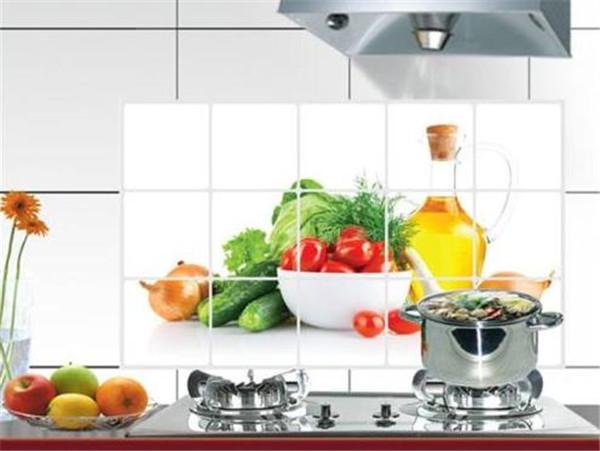 孝感装修厨房选择什么风格防油贴纸好?厨房防油贴纸风格介绍