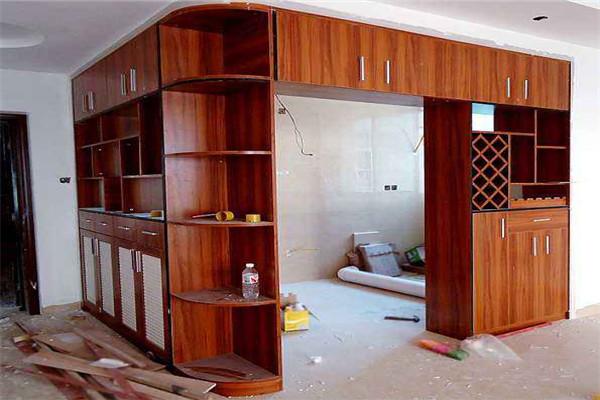 孝感新房装修隔断酒柜怎么设计?隔断酒柜设计方法介绍