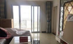 锦绣后湖105平精装房 三室两厅一卫 2000元/月
