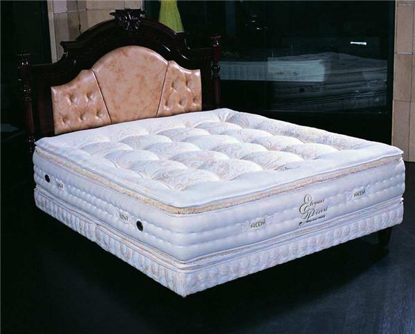 孝感人装修床垫选有弹簧的好吗?弹簧床垫优缺点介绍