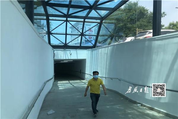 孝感首条地下通道建成使用后,为什么都不愿意走地下通道?市民:......