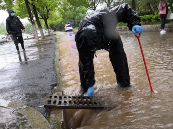 孝感市开展城区防汛排涝应急演练