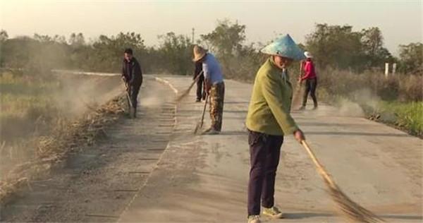 应城加快实施农村公路提档升级工程